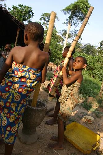 young girls at Kinu