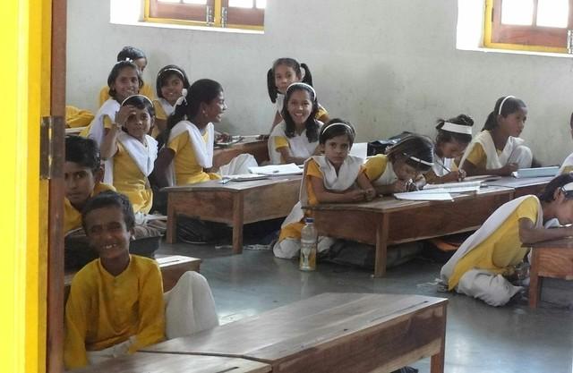 Kids at school in Jadan Ashram