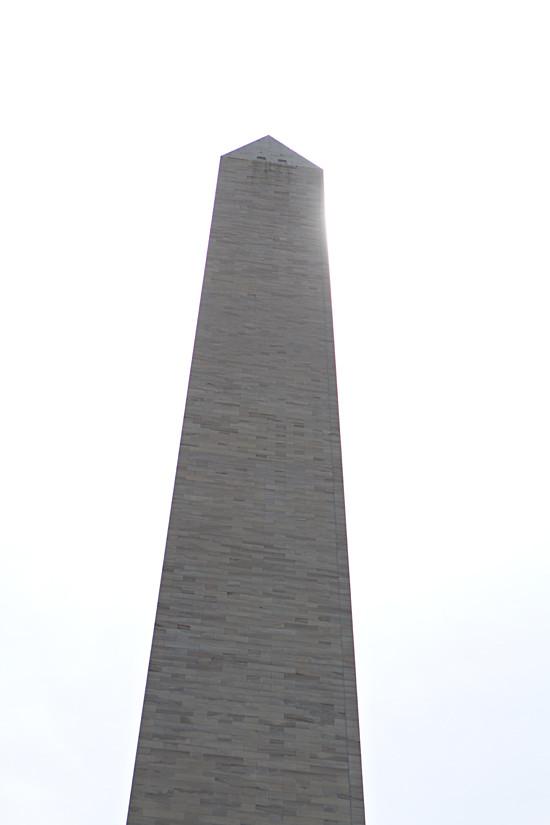 monument 13