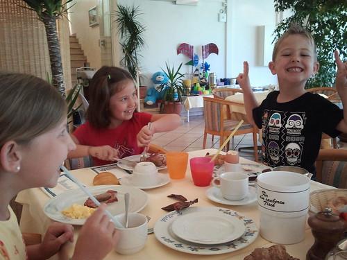 Beim Frühstück by geiby2012