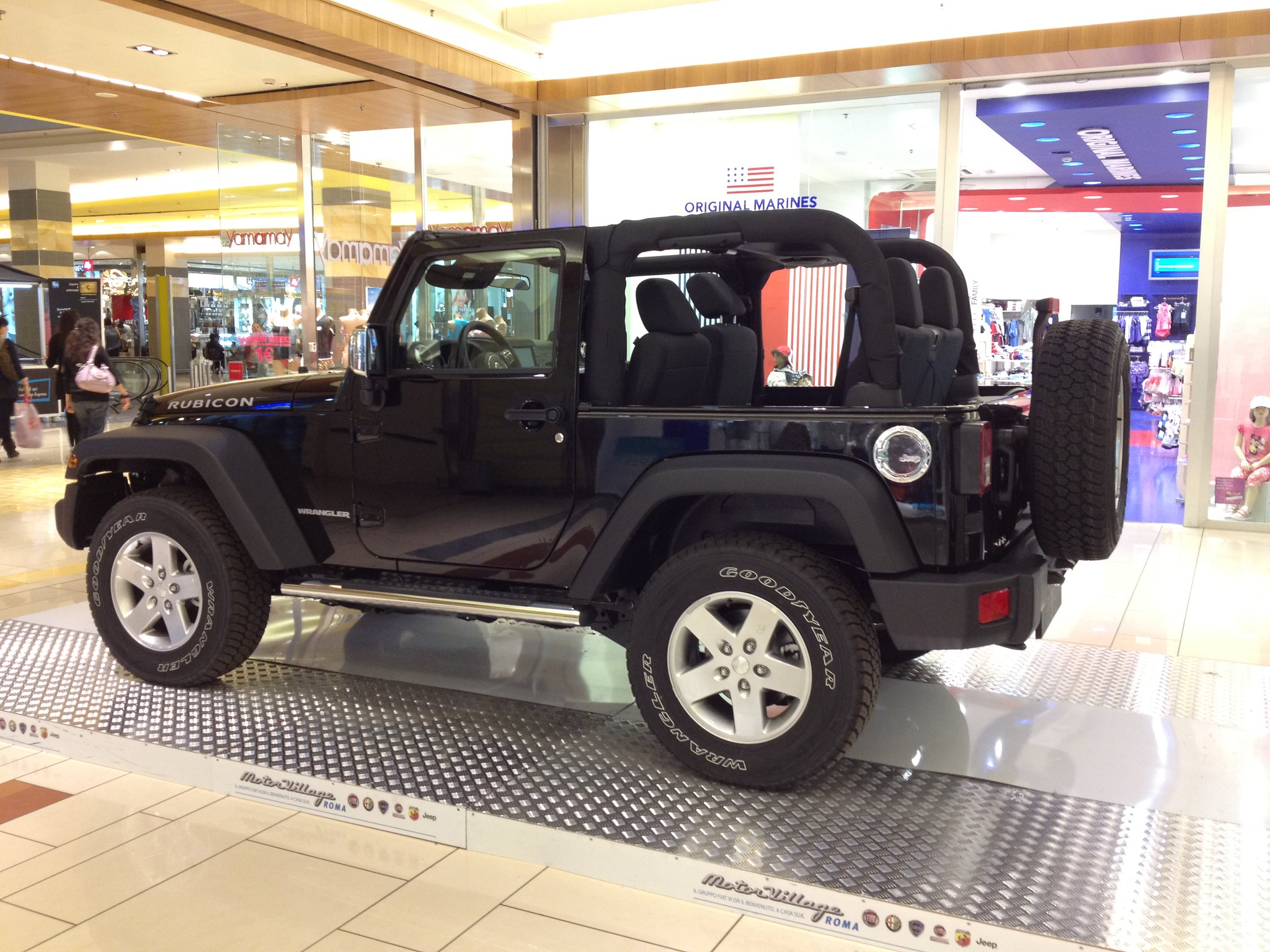 Jeep Wrangler Rubicon Porta Di Roma Flickr Photo Sharing