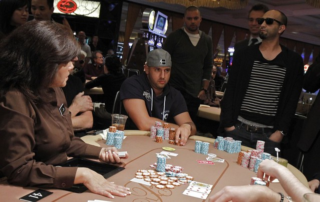 3850 Michael Mizrachi Doubles Thru Hafiz Khan