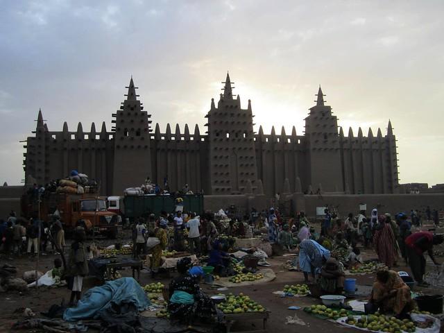 La gran mezquita de barro de Djenne