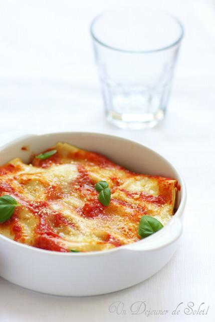 Cannelloni au ragù, ricotta et mozzarella