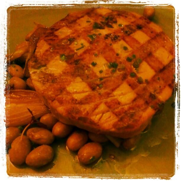 Tonno, fagioli e cipolle - wood grilled tuna at Balla, The Star