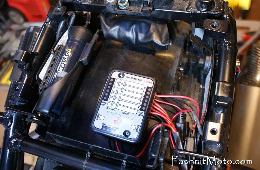 7426154918_09ea80fcd2_o fuse box busa 2008 busanation hayabusa fuse box location at aneh.co