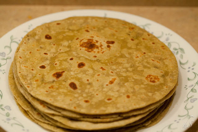 Good Eats from India: Avocado fennel Chapati/roti