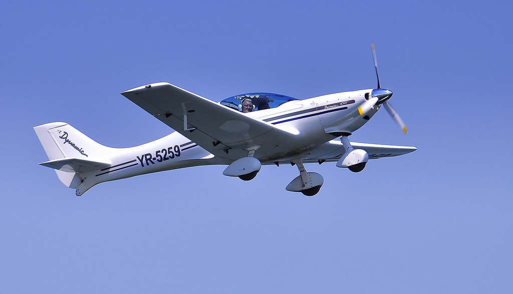 AeroNautic Show Surduc 2012 - Poze 7495249416_2765c070f7_b