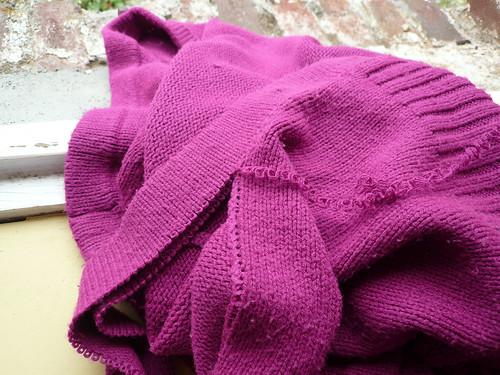 Pink cardigan - pulling back
