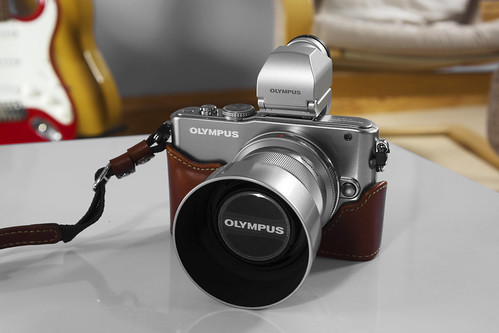 Olympus E-PL3 45mm lens, photographed with a Sony NEX-7 and Tamron 28-200mm zoom