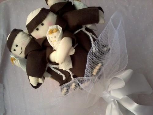 Bouquet de santo antônio! encomenda de Andrea freire! RJ by ♥Paninhos em forma de amor♥