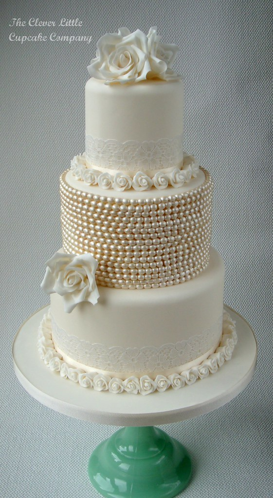 Pearl Wedding Cake Vintage Vintage Lace And Pearl Wedding
