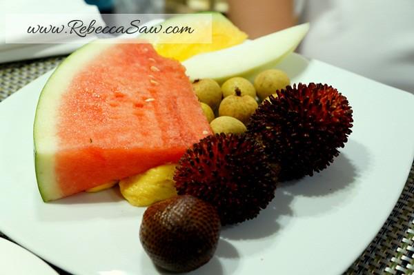 Ramadhan Hilton PJ-140