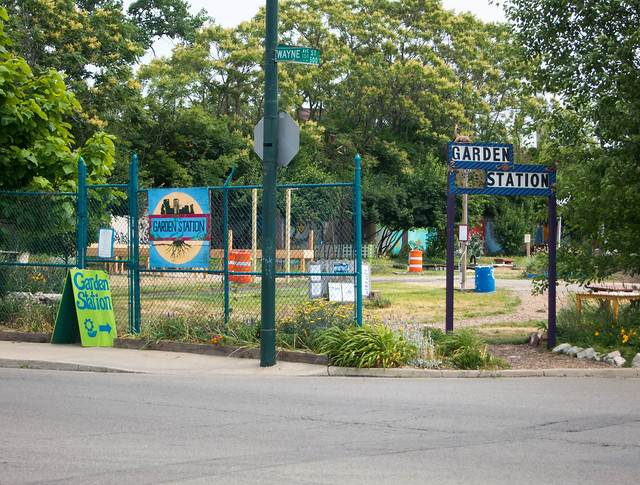 Garden Station An Art Park Community Garden In Downtown Dayton