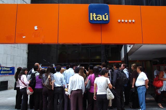 Itaú é um dos cinco maiores bancos do país. País tem grande concentração no setor bancário - Créditos: Divulgação