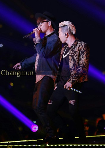 Big Bang - Tokyo Girls Collection - 28feb2015 - ChangmunT - 02