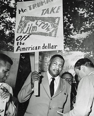 Robeson - Take Jim Crow off the American dollar: 1949