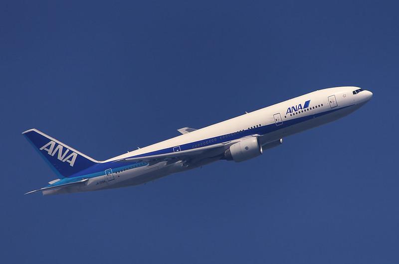 ④ANA 777-200 現像におけるレタッチ後