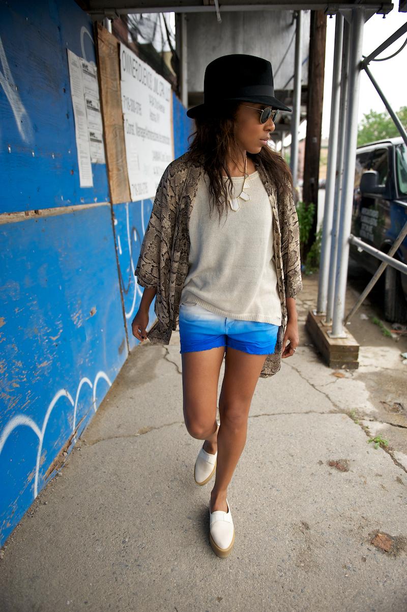 ray ban sunglasses and denim shorts