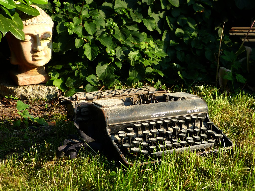 Buddha & the Typewriter