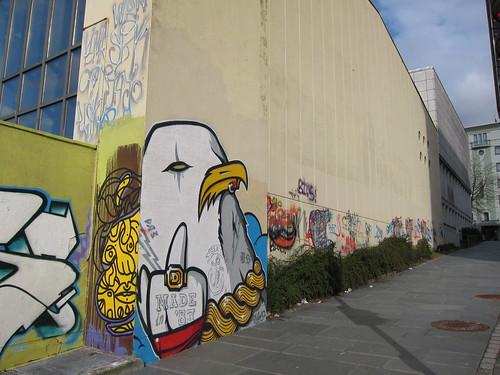 Sentralbadet legal walls