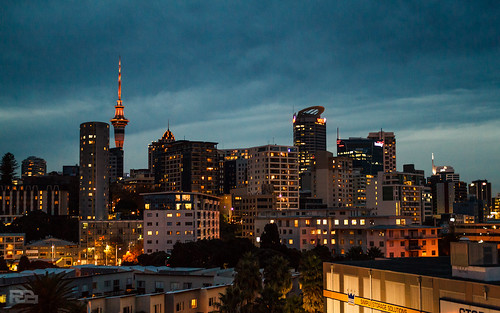 city newzealand urban night cityscape nightlights auckland citylights 2012 sigma30mmf14 canon7d lightroom4