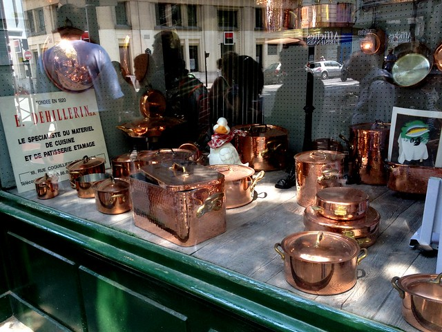 Copper cookware in the window at E. Dehillerin