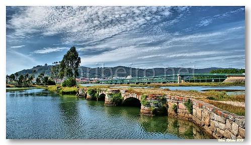 Old bridge em Viana do Castelo by VRfoto