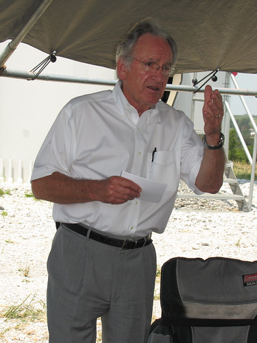 Senator Harkin discusses the wind turbine project. USDA photo.