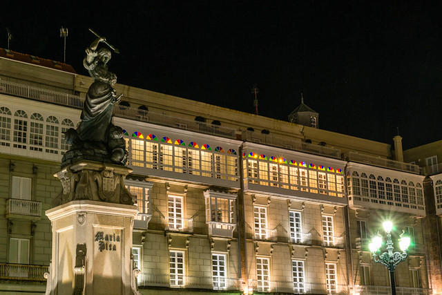 Maria Pita de noche - Coruña