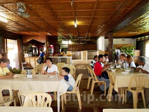 2012-06-24 Kainan sa Tabing Lawa LR (9)