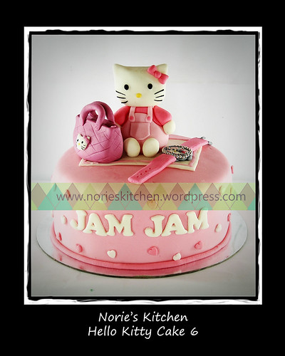 Norie's Kitchen - Hello Kitty Cake 6 by Norie's Kitchen