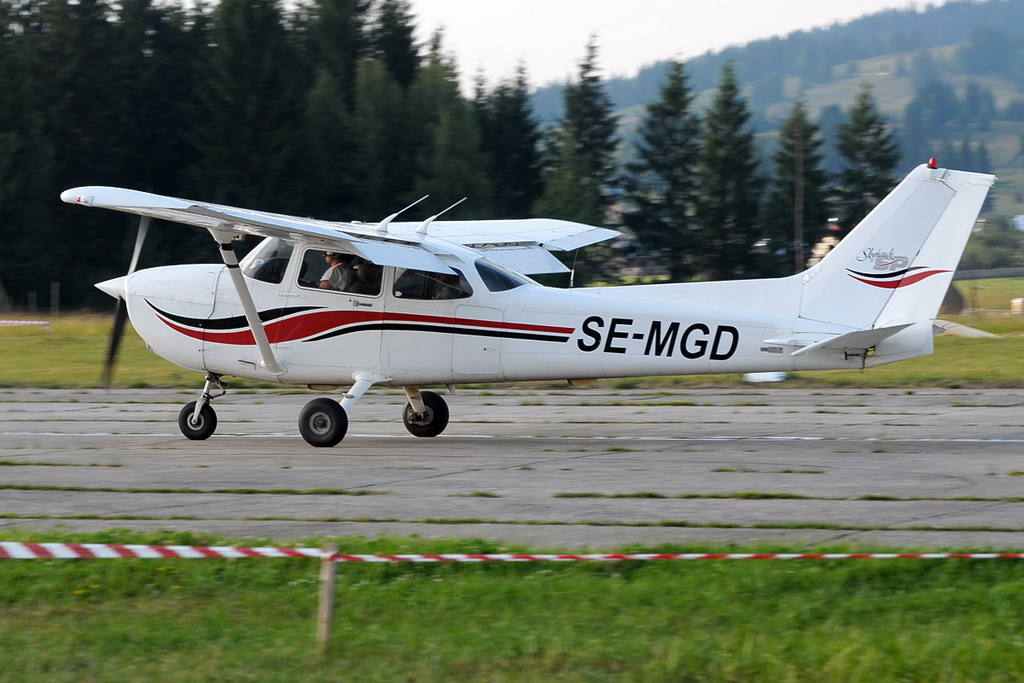 Fly-in @ Floreni - Mitingul cailor putere - Poze 7678821596_86e1b7c7f8_o