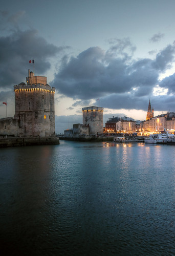 la rochelle blue hour