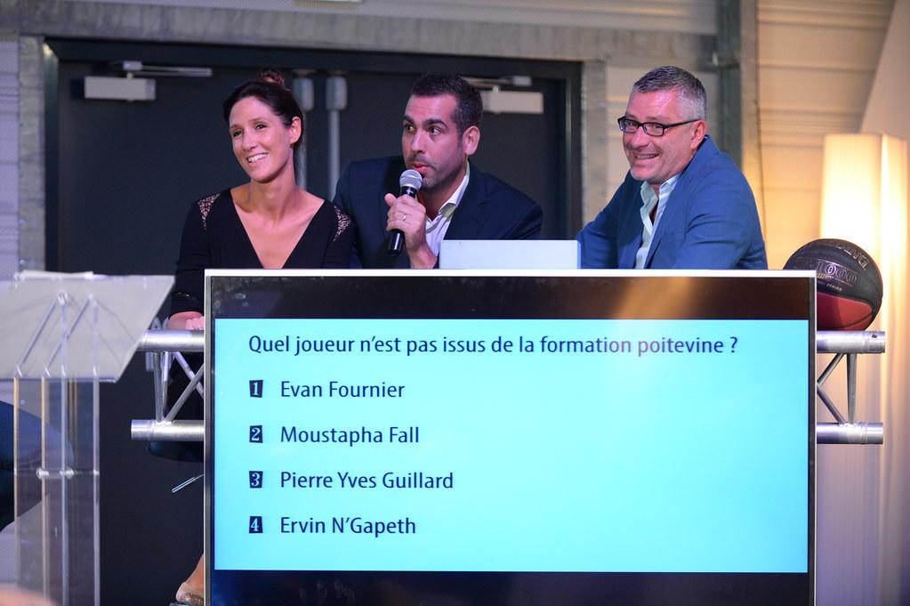 """Oui, c'est Earvin avec un """"a"""". Sorry."""