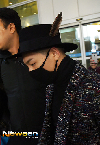 Big Bang - Incheon Airport - 22mar2015 - Tae Yang - Newsen - 03