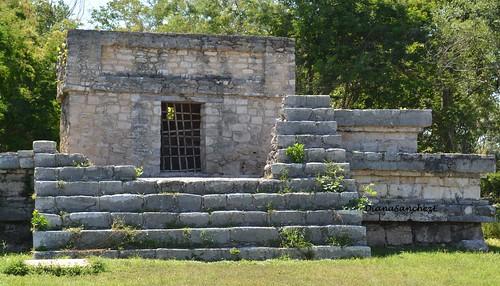 Sub-estructura 38, uno de los mas antiguos de Dzibilchaltun.