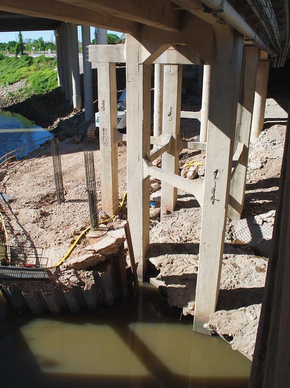 Bridge Replacement, Main Street over White Oak Bayou, Houston, Texas 1204211714