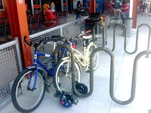 Bicycle parking at New HEB