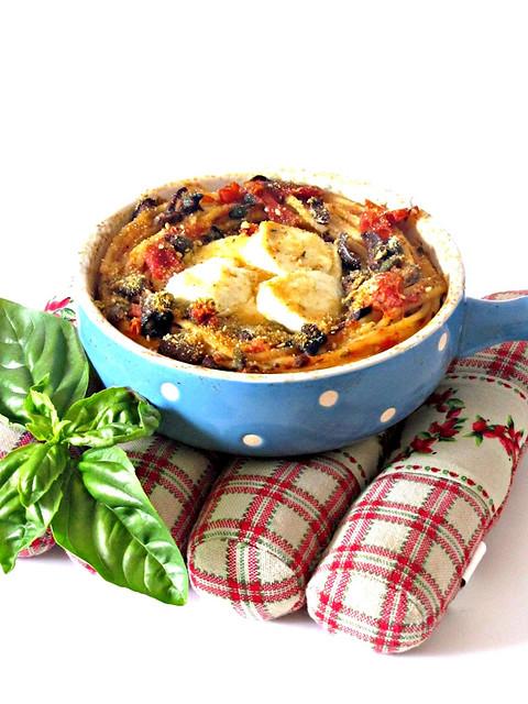Nidi di Spaghetti alla Chitarra con Cuore di Bufala (2)