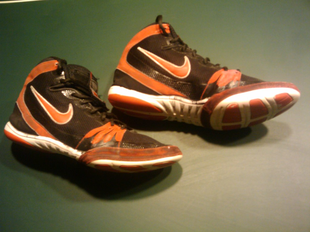nike freek wrestling shoes