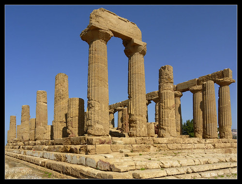 italy greek temple sicily agrigento