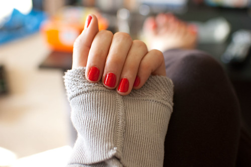 essie's fifth avenue + coziest new sweater