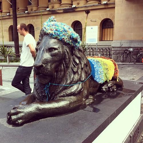Yarn bombed lion roarrrr! #yarnbombing @BrisStyle Craft Caravan