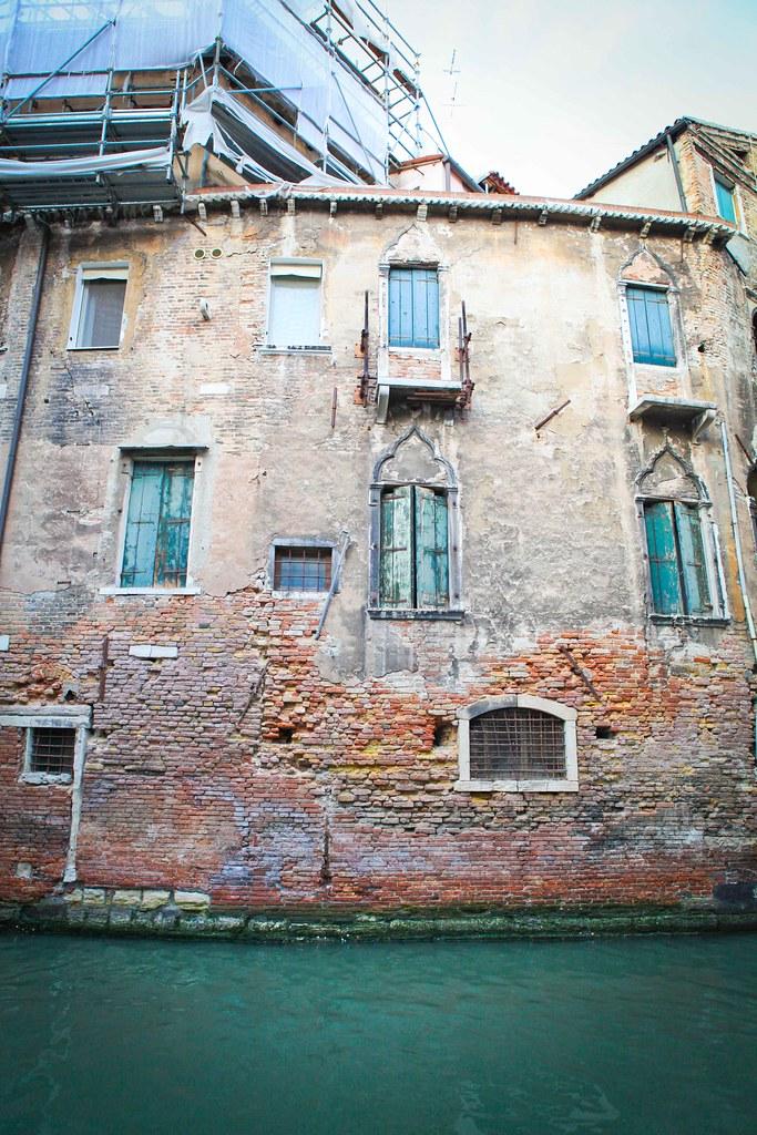 Italy-86