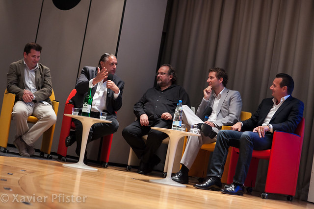 Table ronde cr ativit et innovation flickr photo sharing for Table ronde 52 chimay