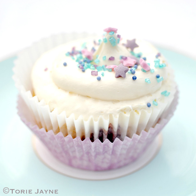 Gluten free blackcurrant swirl cupcakes