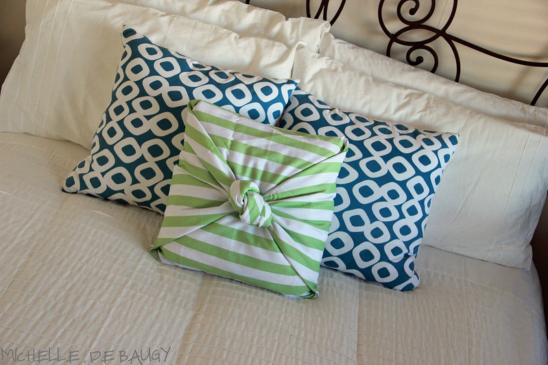 30 June 2012- pillow cover011