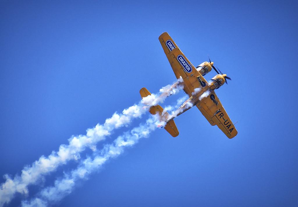 AeroNautic Show Surduc 2012 - Poze 7489948400_815c9c5d94_b