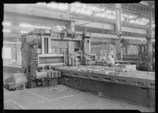 Railroad parts. Baldwin Locomotive Works. Man working at machinery, May 1937